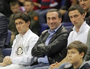 Жирков и Гинер на баскетболе